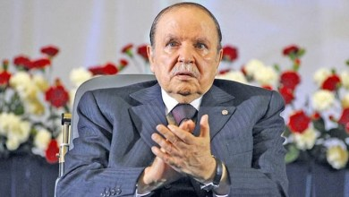 Photo of بوتفليقة يأمر بإعفاء 15 عضوا من قيادة الحزب الحاكم بالجزائر
