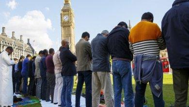 "Photo of ""إندبندنت"" تعرض أغبى أسئلة يواجهها المسلمون في رمضان"