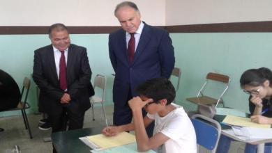 Photo of 30 ألف طالب إعدادي في تونس يبدأون امتحاناتهم الرسمية