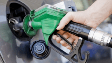 Photo of قائمة بأسعار النفط.. السعودية ضمن أرخص 10 دول في العالم