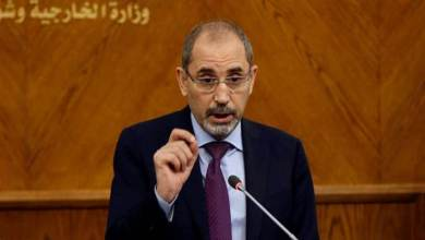 Photo of وزير الخارجية الأردني يحذر من تبعات العجز المالي الذي تواجهه الأونروا