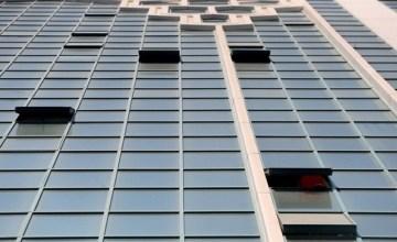 Photo of شرطة الشارقة تحقق في وفاة ثلاثينية إثر سقوطها من الطابق 19