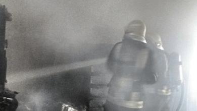 Photo of إصابة رجل وامرأة في حريق شقة بالقطيف