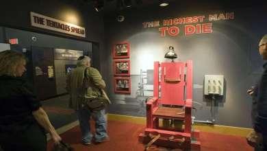 Photo of لماذا يفضل الأمريكيون الإعدام على الكرسي الكهربائي؟