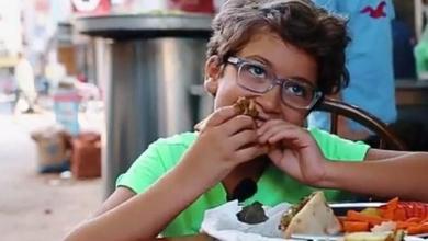 Photo of قصة أصغر متذوق للطعام .. استغل شهرته لترويج مدينته