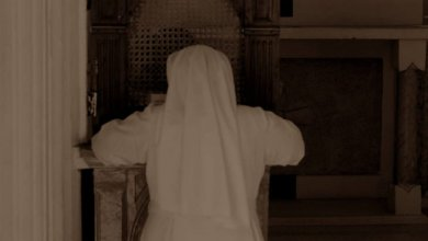 Photo of استقالة قس في الفاتيكان بعد اتهامه بمحاولة تقبيل راهبة