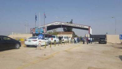 Photo of الأردن: فتح الحدود مع سوريا لم يحقق الأمل المنشود لسائقي المركبات