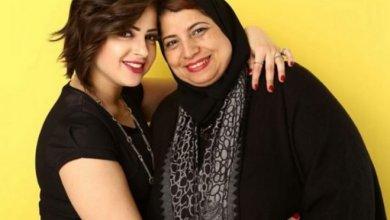 Photo of والدة الفنانة المصرية صاحبة الفيديو الفاضح ماذا قالت لها