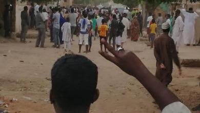 Photo of السودان.. مقتل بائع متجول والحكومة تتفقد المتضررين