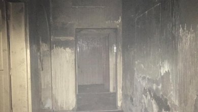 Photo of إصابة 4 مواطنين باختناق إثر حريق نشب في شقة بينبع