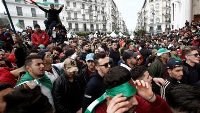 Photo of الجزائر.. استعدادات لجمعة سادسة من التظاهرات