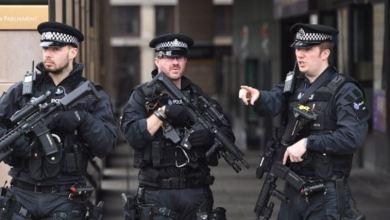 Photo of بريطانيا تحقق في هجمات إرهابية على 5 مساجد