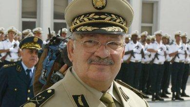 Photo of قائد الجيش يخاطب الجزائريين مجددا ويثير التساؤلات
