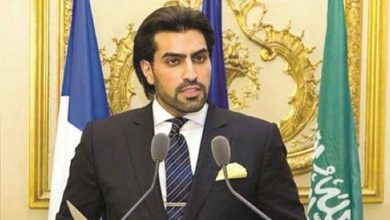 Photo of ماهي أسباب احتجاز هذا الأمير السعودي ووالده؟