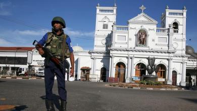 Photo of عدد قتلى سريلانكا يصل 290 وتفكيك عبوة ناسفة قرب المطار