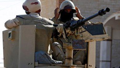 """Photo of """"الدولة"""" يتبنى هجومًا استهدف حاجزا أمنيا بسيناء المصرية"""