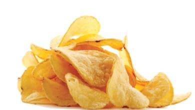 Photo of مخاطر تناول رقائق البطاطس أثناء الحمل