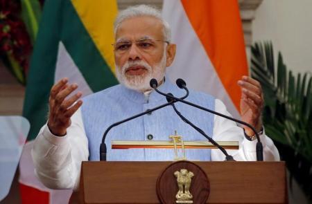 """الهند تريد شراء 200 مقاتلة أجنبية """"صنعت في الهند"""""""