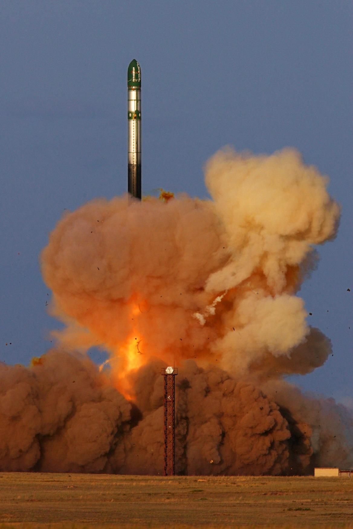 """هل يقدر الصاروخ الروسي """"الشيطان"""" على تدمير أميركا؟"""