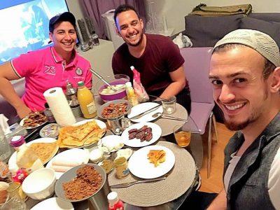بعد طول غياب.. سعد لمجرد يظهر بلوك جديد على مائدة الإفطار!