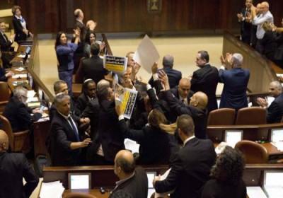 الكنيست يصادق على مشروع قانون حكومي يتيح احتجاز أموال السلطة الفلسطينية