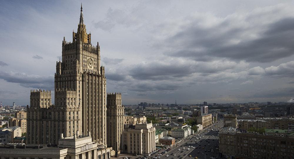 الكرملين يقول إن بوتين سيحدد إجراءات الرد على واشنطن.. ويطالب ماكرون وميركل بفعل هذا الأمر
