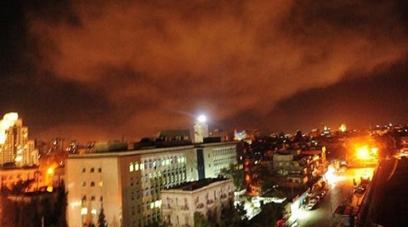 سماع دوي انفجارات متتالية في سماء مدينة جبلة السورية