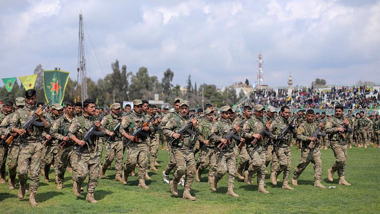 مسؤول: وحدات حماية الشعب الكردية ستنسحب من شريط على الحدود التركية
