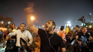 منظمات حقوقية: اعتقال أكثر من 1100 شخص في مصر بعد احتجاجات