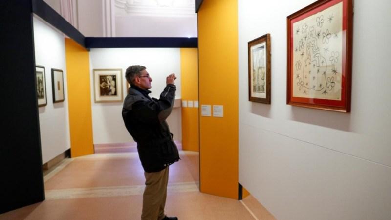 معرض لأعمال فنية نادرة بعضها يظهر للمرة الأولى في ساحة القديس بطرس بالفاتيكان