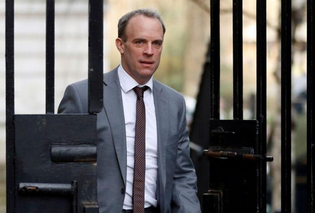 وزير خارجية بريطانيا يشيد بالرد الأمريكي على هجوم في العراق