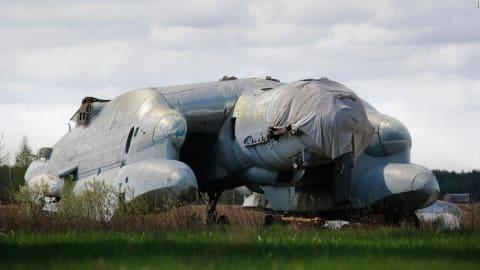 """""""التنين ثلاثي الرؤوس"""" .. ما قصة هذه الطائرة السوفييتية؟"""