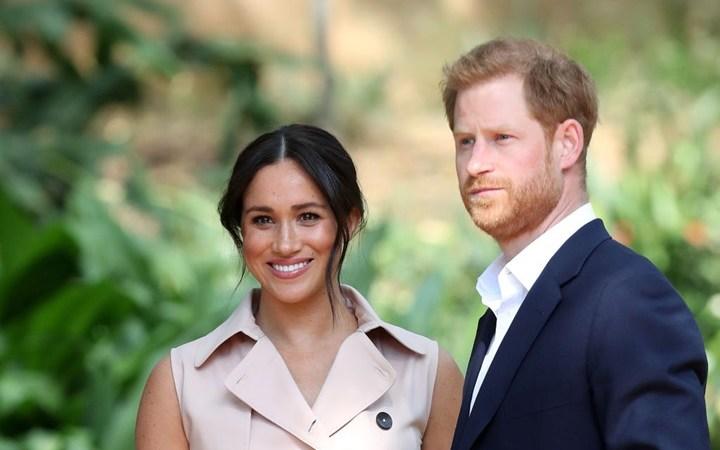 تقرير: ميغان ماركل ليست الملونة الوحيدة بالعائلة المالكة في بريطانيا