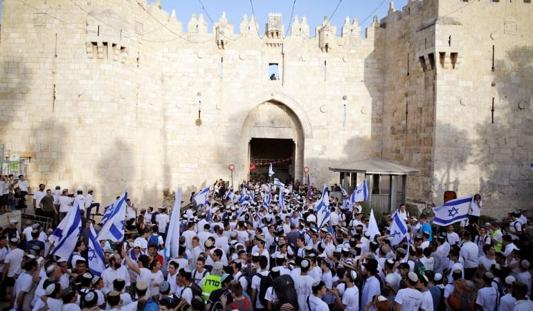 """إسرائيل تمرّر رسائل إلى مصر والسلطة الفلسطينية فحواها أن """"مسيرة الأعلام"""" في القدس لا تهدف إلى إشعال الأوضاع الأمنية في المناطق المحتلة"""