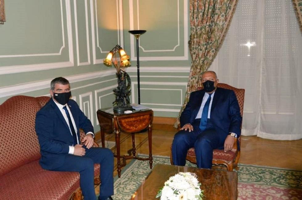 أشكنازي يقوم بأول زيارة لمسؤول إسرائيلي رفيع المستوى إلى مصر منذ 13 عاماً