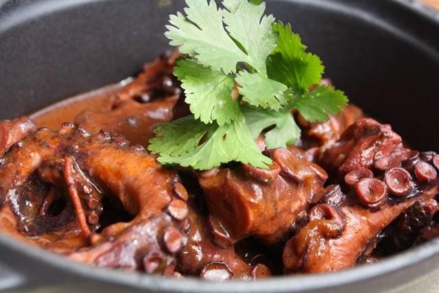 cucina-tunisina-methawma-karnit-polpo