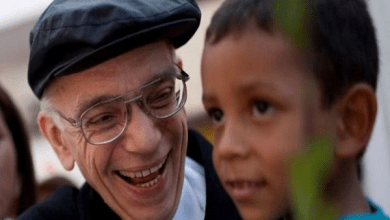 "Photo of وفاة ""خوزيه آبرو"": الفنان الذي كان يحارب الفقر بالموسيقى .. وفنزويلا تعلن الحداد"