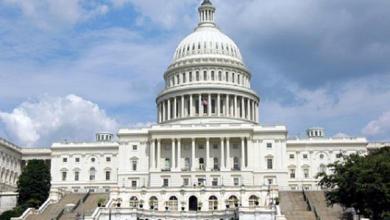 Photo of أعضاء في الكونجرس الأميركي يسعون لتقييد فرض رسوم على الواردات