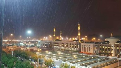 Photo of أمطار غزيرة على مكة قبل الوقوف بعرفة