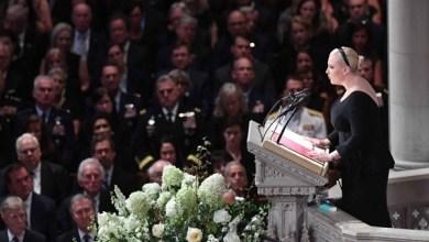Photo of ابنة ماكين تنتقد ترامب في جنازة والدها بحضور رؤساء سابقين