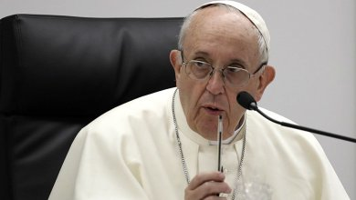 Photo of لماذا لم يرد بابا الفاتيكان على دعوة رئيس الأساقفة لاستقالته؟!