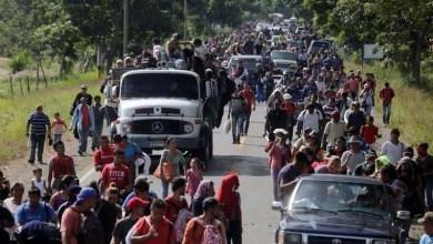 Photo of رغم تهديدات ترامب … آلاف المهاجرين يزحفون الى أميركا عبر الحدود المكسيكية