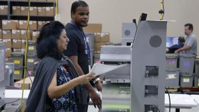 Photo of إعادة فرز الأصوات على مقعد مجلس الشيوخ ومنصب حاكم الولاية في فلوريدا