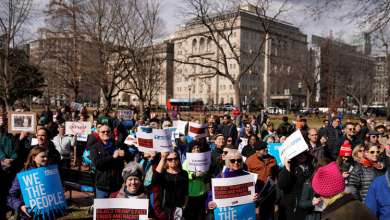 Photo of في يوم الرؤساء .. احتجاجات أميركية ضد اعلان ترامب حالة الطوارئ الوطنية
