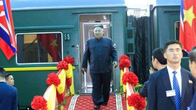 Photo of بقطار مصفح وسيجارة وشبيه.. زعيم كوريا الشمالية يخطف الأضواء قبل قمته مع ترامب
