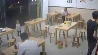 Photo of صيني يرهن ابنته لدى مطعم مقابل وجبة مكرونة