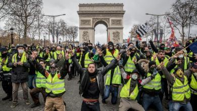 "Photo of ""السترات الصفراء"" تدعو للتظاهر في مدينتي (ليون) و(نانت) بدلا من باريس"
