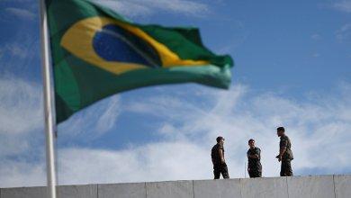 Photo of فنزويلا تعيد فتح حدودها مع البرازيل وجزيرة أروبا