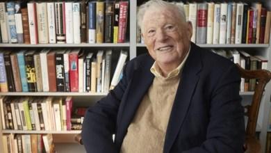 """Photo of وفاة مؤسس """"هيومن رايتس ووتش"""" عن عمر 96 عامًا"""