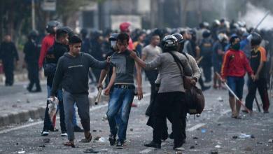 Photo of اندلاع أعمال عنف بالعاصمة الإندونيسية عقب إعلان نتائج الانتخابات الرئاسية